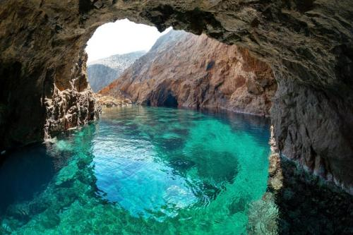 a vela in grecia - greencave